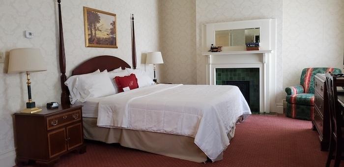 Greenville, TN general morgan inn room