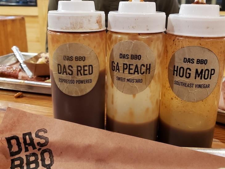 das bbq barbecue sauce flavors roamilicious