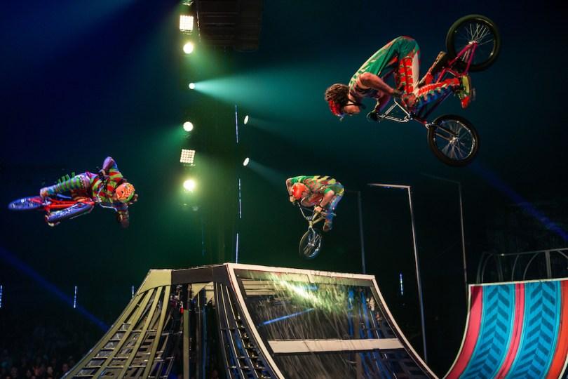 BMX-bikes-VOLTA-cirque-roamilicious