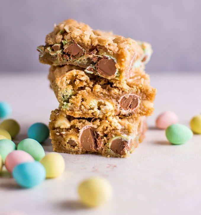 easter-mini-egg-cookies-easy-roamilicious