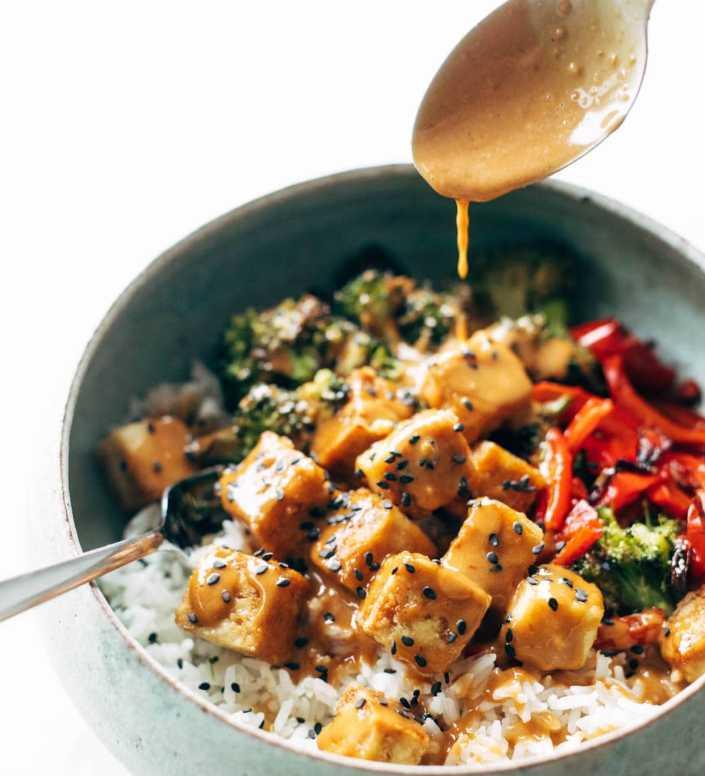 Peanut-Tofu-Bowls-roamilicious