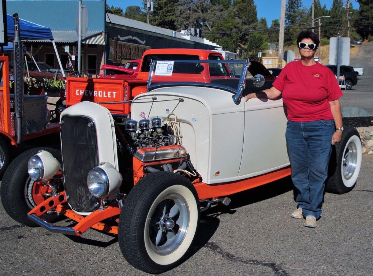 1932 Ford Roadster Shelley & Brad P.
