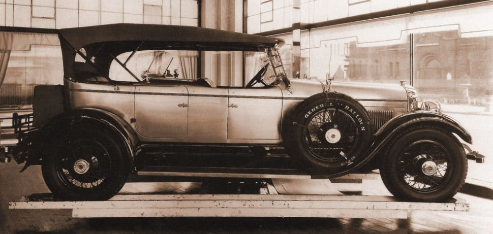 By David Schultz from the November 2013 issue of Hemmings Classic Car