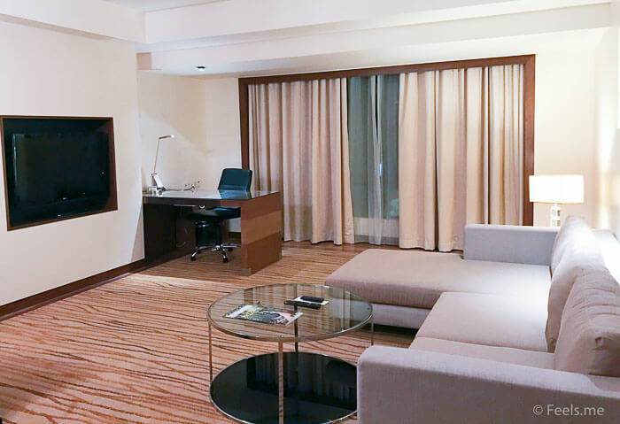 Hyatt Regency Kinabalu, Regency Suite Living room