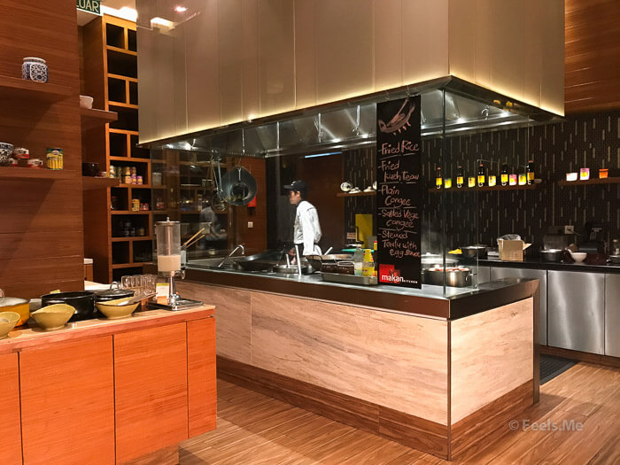DoubleTree JB Makan Kitchen Buffet Breakfast Chinese Section