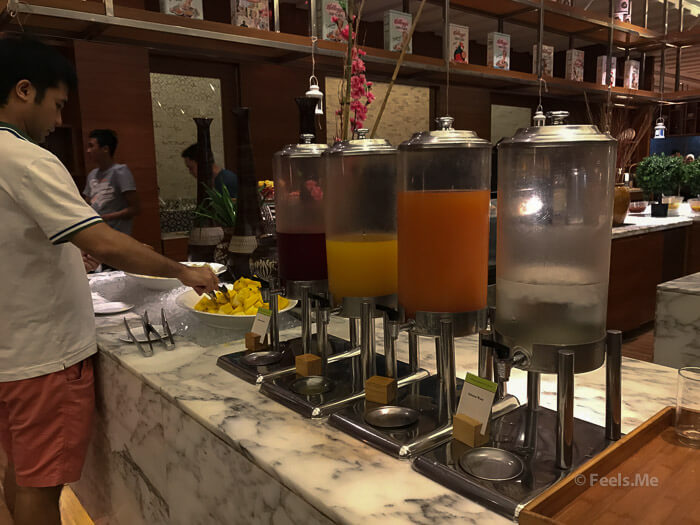 DoubleTree JB Makan Kitchen Buffet Breakfast Juice