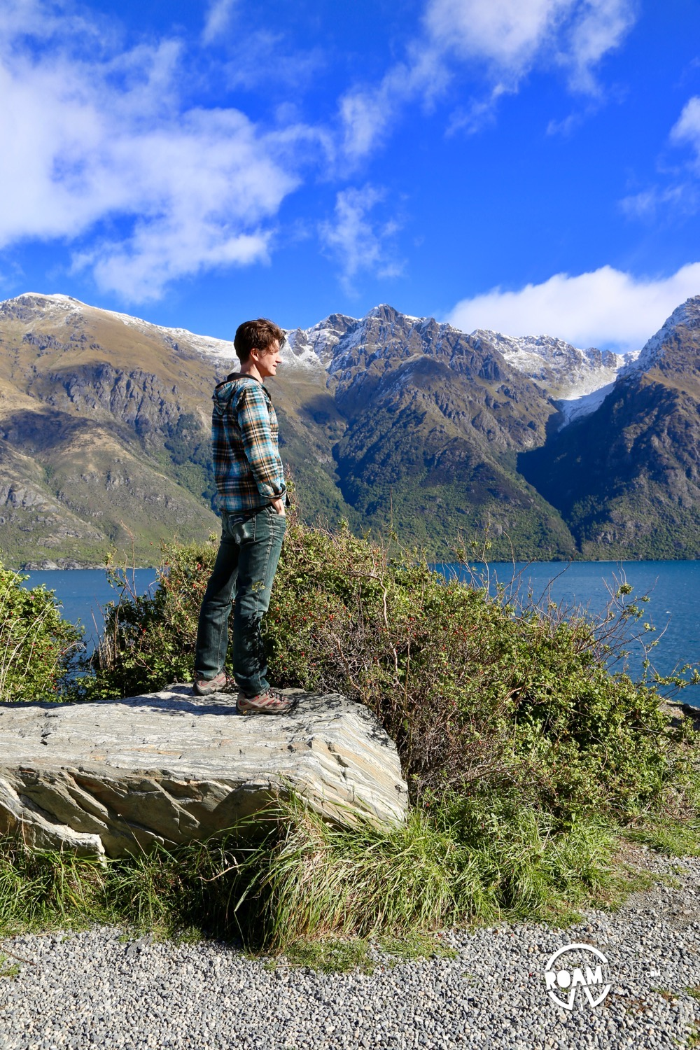 From Te Anau, we launch on the 4 hour drive to Queenstown. It was hard to get there in a reasonable amount of time, however, with such brilliant vistas.