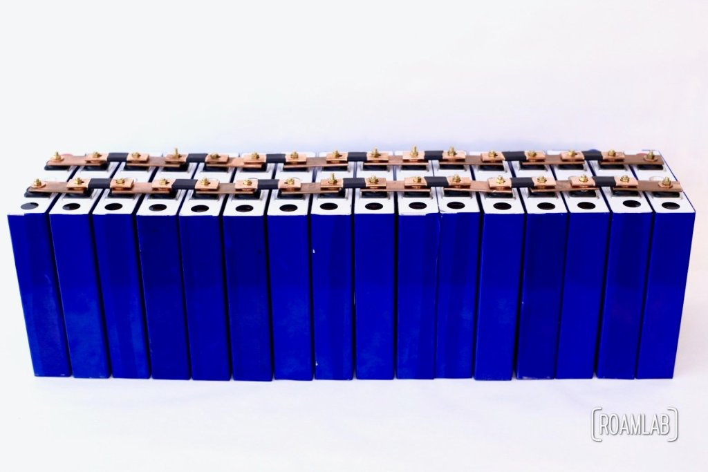 All sixteen 3.2V 180Ah LiFePO4 battery cells arranged in parallel.