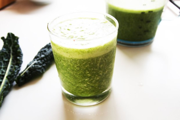 pineapple-and-kale-smoothie5