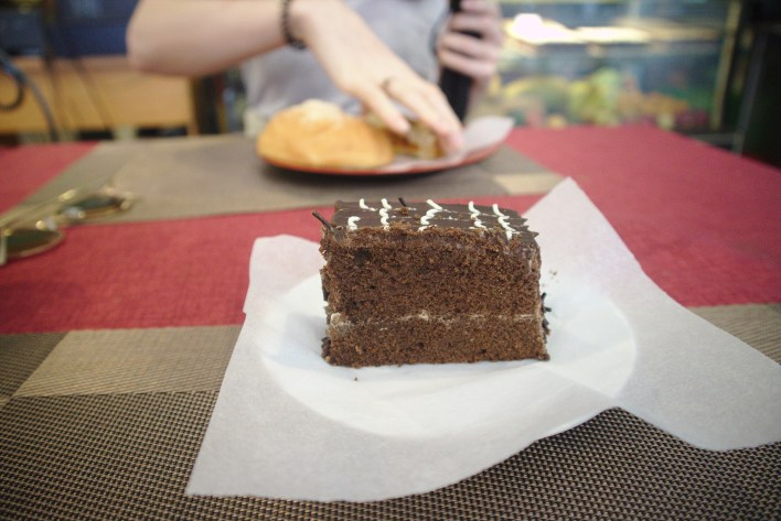 a nice slice of chocolate fudge cake, what a lovely treat before a long walk