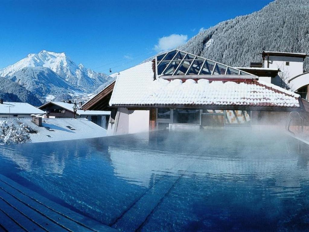 115056301 1024x768 - Celebra una blanca Navidad y parte a los mejores ski resorts del mundo