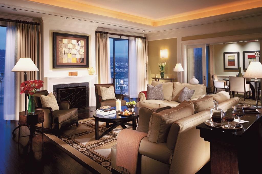 7 BW Suite Living Room 1024x683 - ¿Viajas a Los Ángeles? Hospédate en estos hoteles y siéntete una estrella
