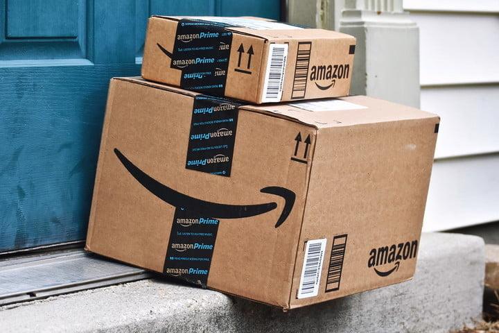 amazon prime day packages 3 - Prepárate para Navidad con tiempo y aparta tu árbol con Amazon Prime