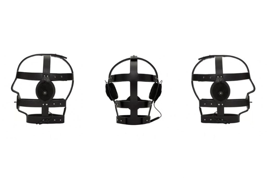 Audífonos bondage de 6 mil dólares, la forma más erótica de oír música
