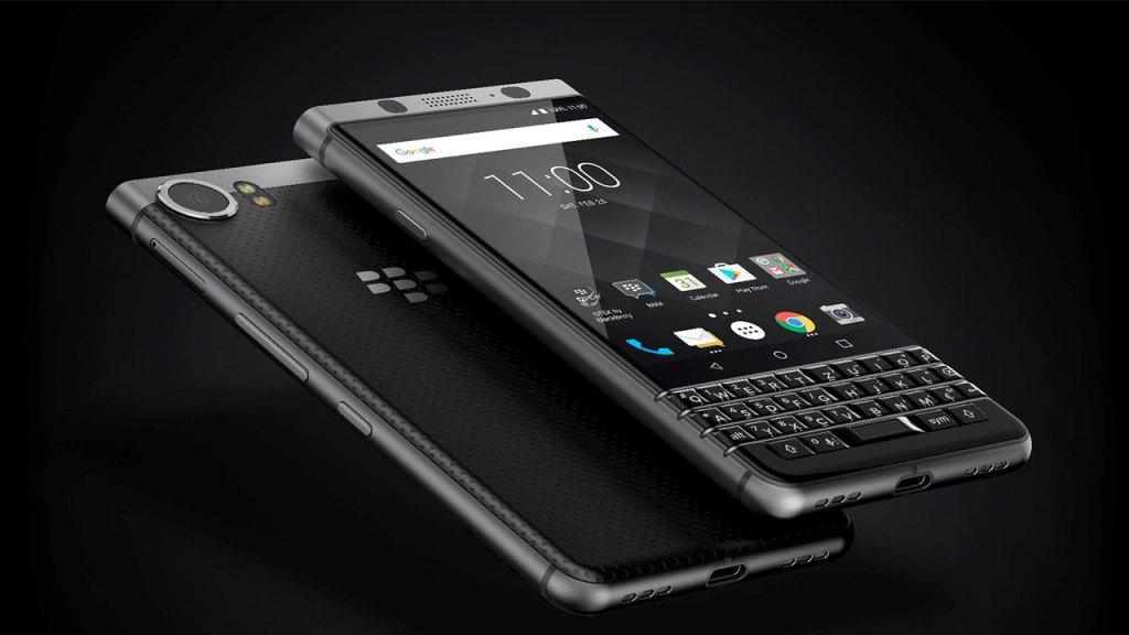 Black 1 1024x576 - Cinco smartphones que gritan nostalgia