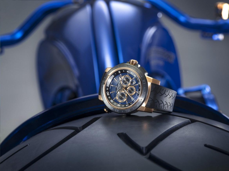 Blue Edition  12 - Harley-Davidson Blue Edition, la moto de 2 millones de dls que amarás