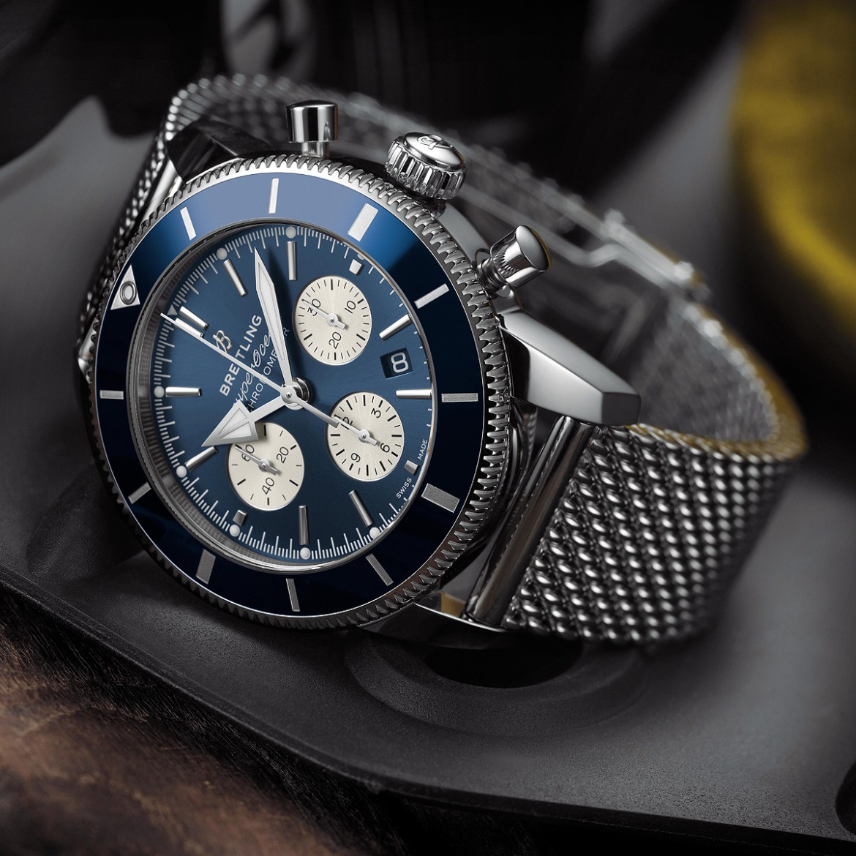 Breitling Superocean Heritage II B01 Chronograph 44 FI - 5 relojes con estilo para tus próximas aventuras en el fondo del océano (sólo para él)