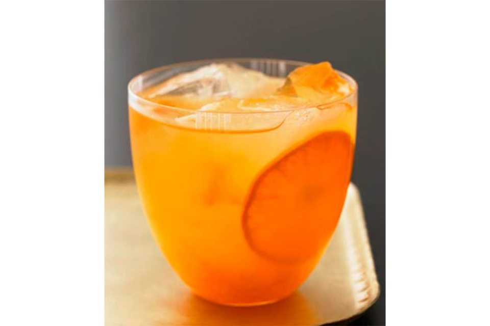 clement 1024x683 - Siete cócteles que puedes preparar con Vodka Grey Goose