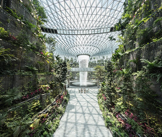 Así es por dentro el lujoso paraíso del aeropuerto de Singapur