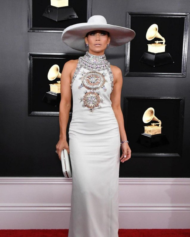 grammy5 819x1024 - Las joyas más increíbles que vimos en los Grammy