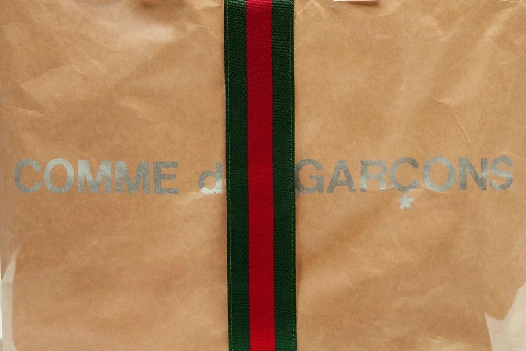 gucci comme 1 1024x683 - La bolsa más chic para ir al super la tienen Comme des Garçons y Gucci