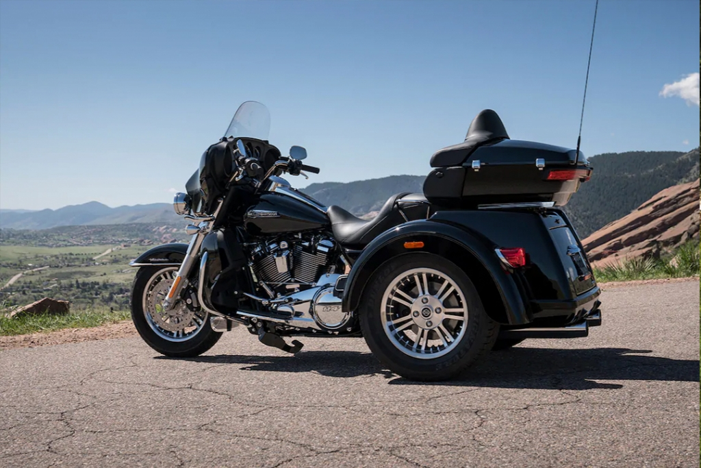 Harley Davidson Tri Glide Ultra 1024x683 - TOP 5: motocicletas para el roadtrip perfecto en esta época navideña