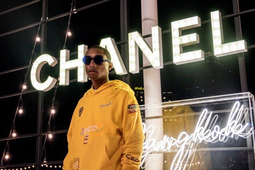 """Pharrell nos pone """"happy"""" con su nueva línea en colaboración con Chanel"""