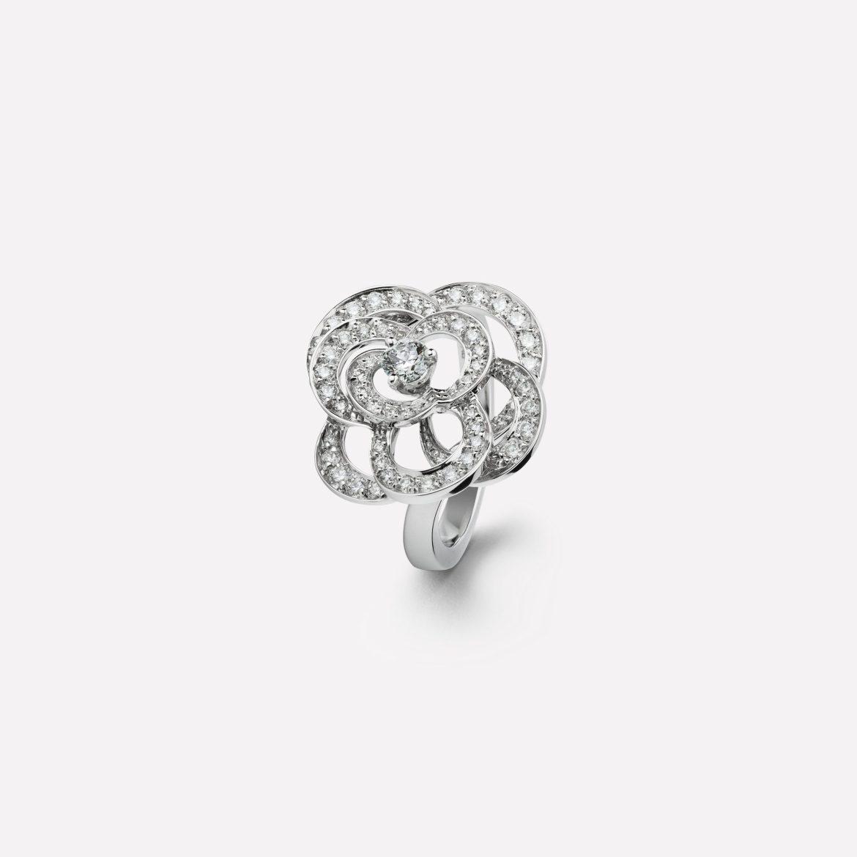 J2579 default 0 3080 grey nocrop 1476739235567 - Con estos anillos harás surgir la pregunta: ¿te quieres casar conmigo?