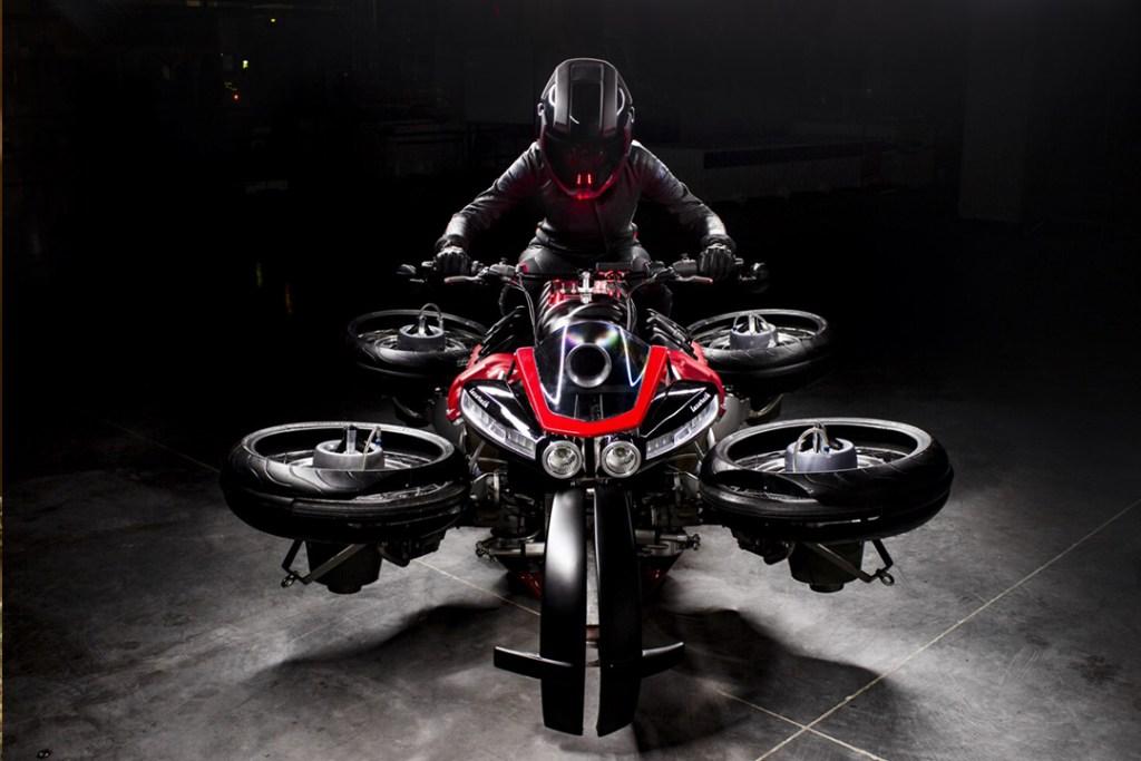 Lazareth Auto-Moto crea la primera moto cuadricóptero que puede volar
