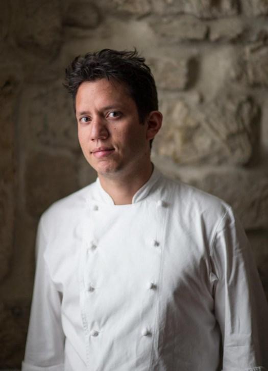 lacondesa paris indra portrait 739x1024 - Hay un nuevo chef mexicano son estrella Michelin y te contamos todo sobre su restaurante en París