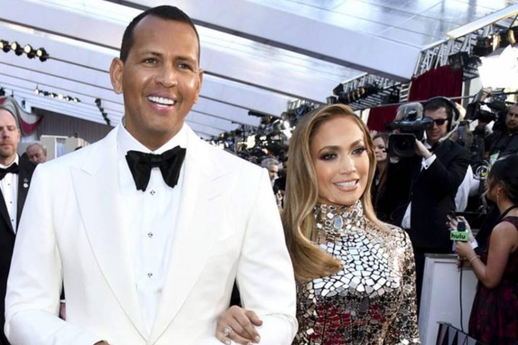 New Project 2019 03 11T131833.582 1024x683 - ¿Jennifer Lopez tiene el anillo de compromiso más caro de todas las celebrities?