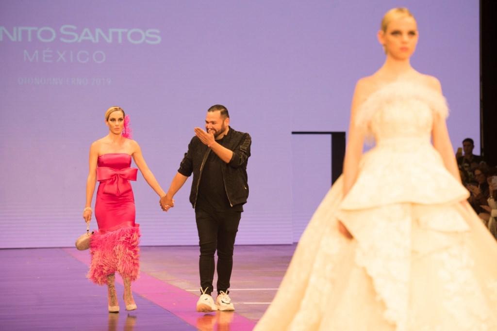Benito Santos colorea a México con un rosa vibrante que enamora