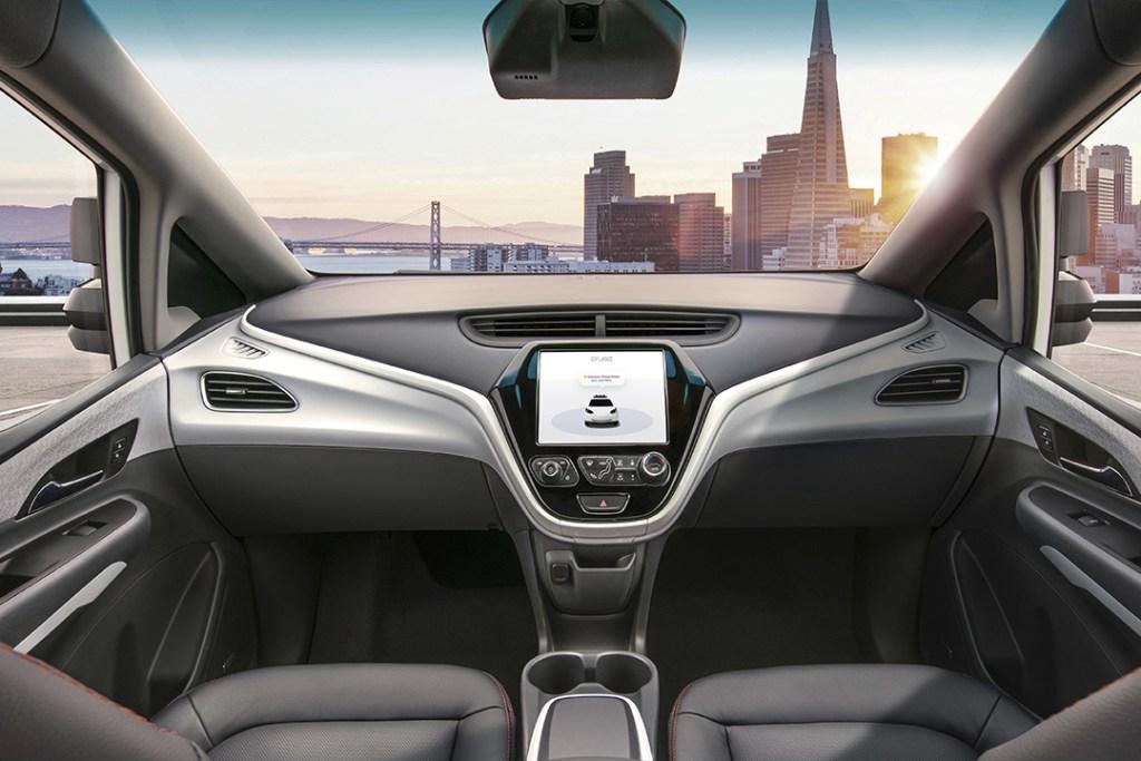 El futuro coche autónomo de General Motors no tendrá volante ni pedales