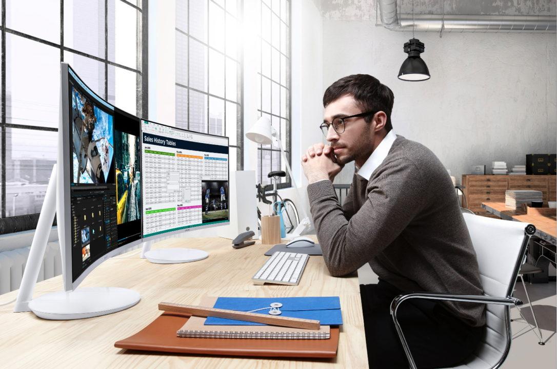 QuantumDotCurveGamingMonitor6 - Samsung tiene las mejores pantallas para gamers