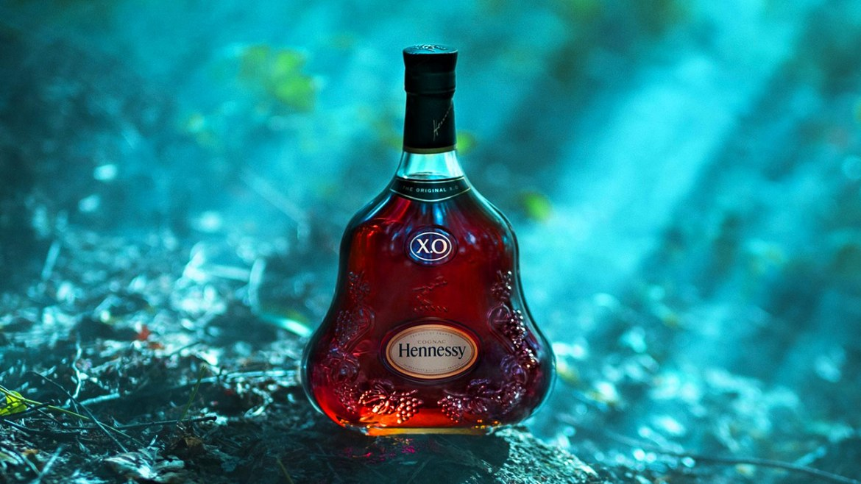 Ridley Henessy Feature - 'The Seven Worlds' el increíble cortometraje de Hennessy X.O. por Ridley Scott