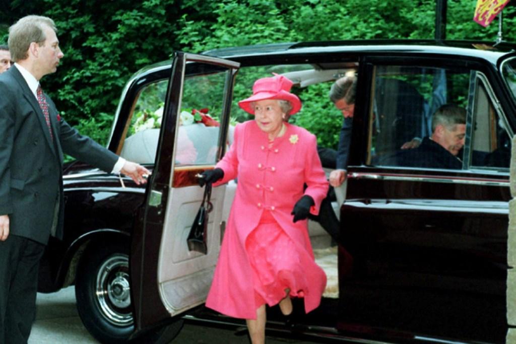 Este Rolls-Royce de £215 mil que condujo a la Reina fue oculto 16 años