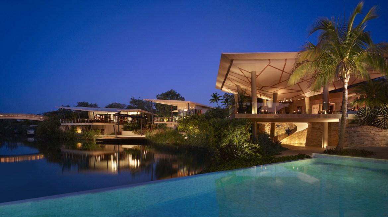 rosewood mayakoba main bridge - Las 5 estrellas de Forbes Travel Guide han recaído en estos hoteles mexicanos