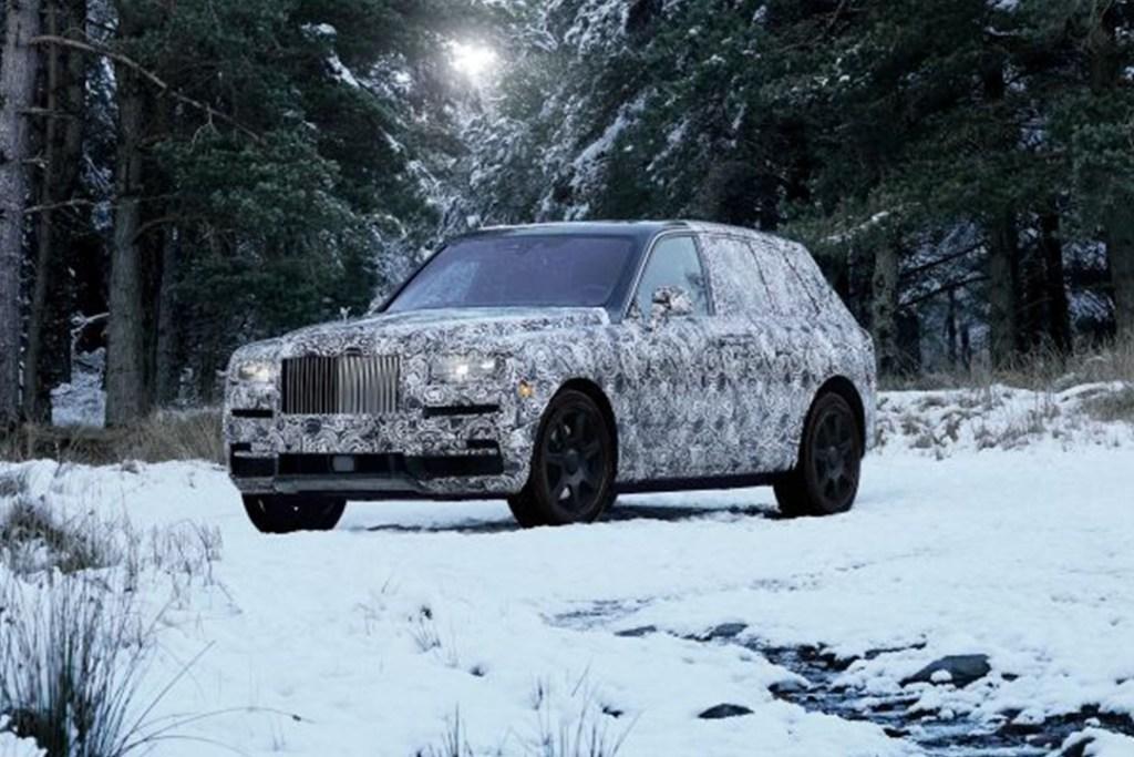 Cullinan, el Rolls-Royce que manejarás sin esfuerzos en cualquier terreno