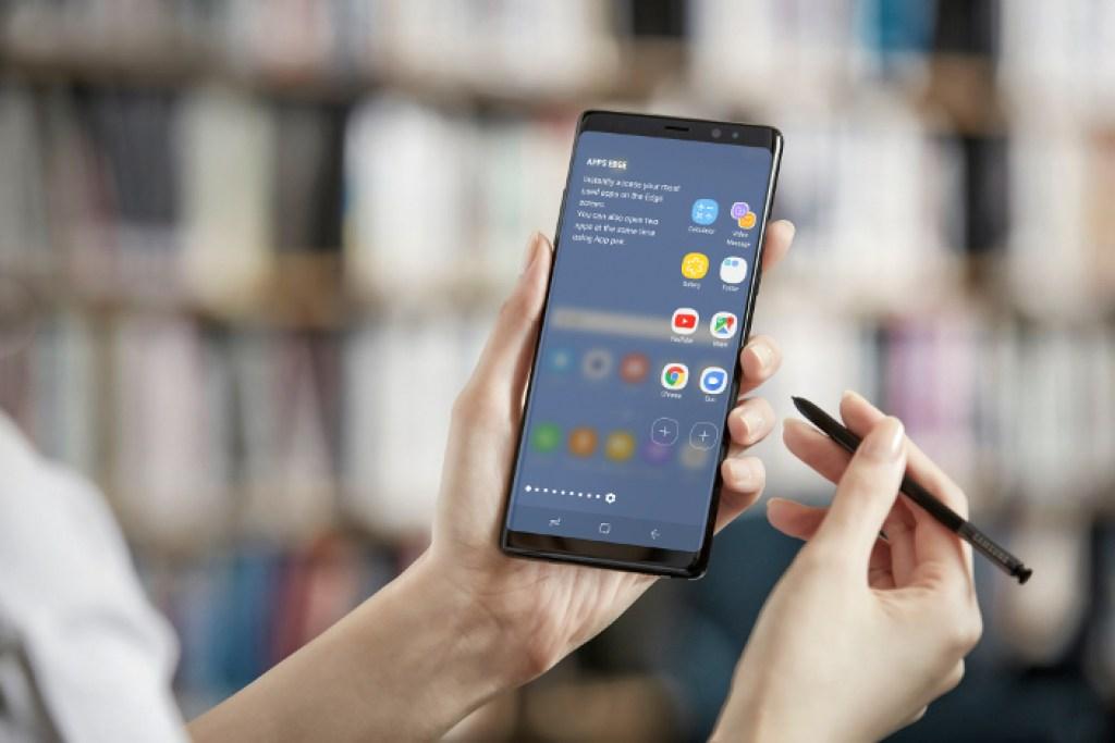 samsung3 1024x683 - El Samsung que podrá doblarse como cartera estaría listo para noviembre