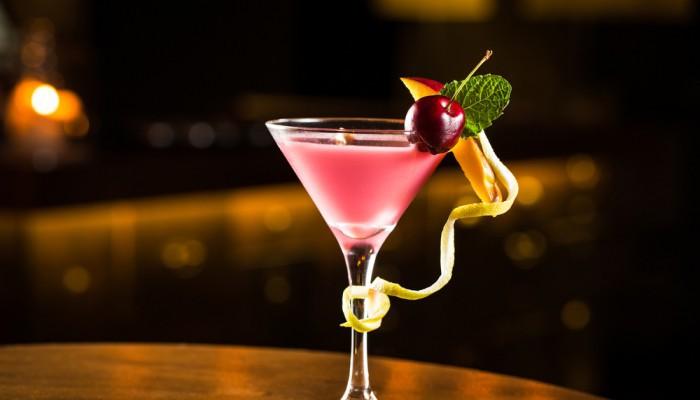shutterstock 291654755 e1463752006250 - Los mejores cócteles rosados para disfrutar este Pink October