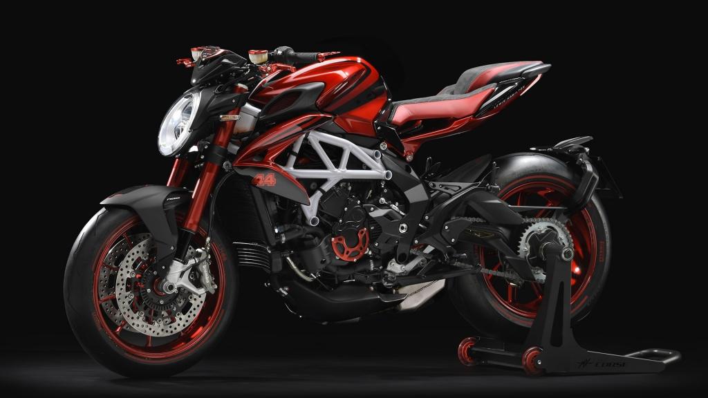sites default files bikes 1390 8506253 ok 1024x576 - MV Agusta Brutale 800 RR LH 44 by Lewis Hamilton