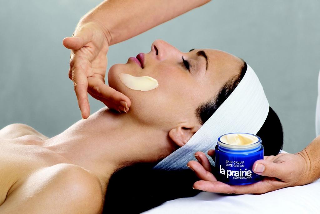 Skin Caviar Facial r4 1024x686 - Dile adiós al estrés y consiéntete con uno de los mejores faciales del mundo