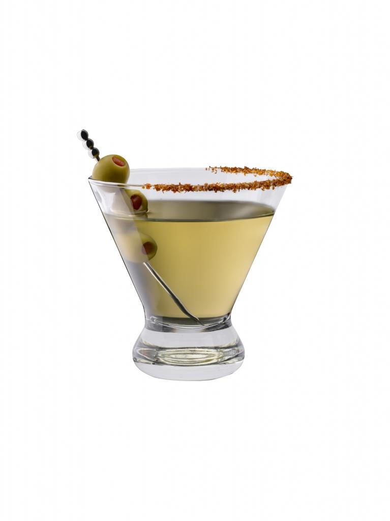 Sucio Martini 19373 white 1 767x1024 - Brinda con estos cócteles durante la premiación de los Oscar 2019