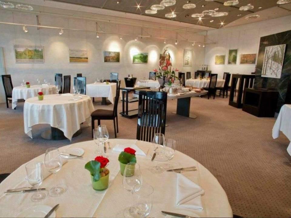 TOP AIR 1024x768 - 5 restaurantes de aeropuertos con chefs de Estrellas Michelin