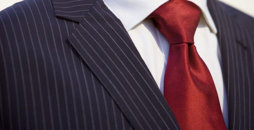 windsor knot tie dimple 1 1170x600 1024x525 - 5 nudos de corbata que debes conocer si quieres presumir de tu estilo