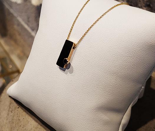 KULT, la joyería franco/mexicana minimalista que debes conocer
