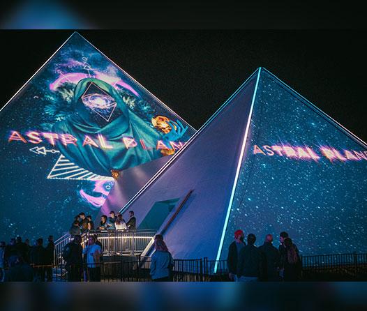 Sueña despierto en esta pirámide inmersiva de Montreal