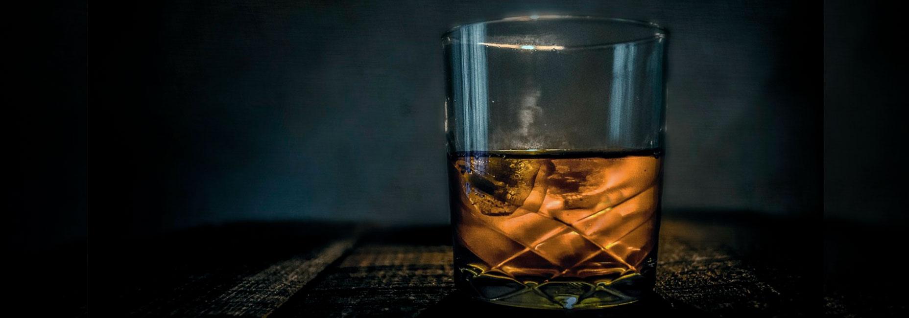 12 whiskies imprescindibles que todo papá debe tener