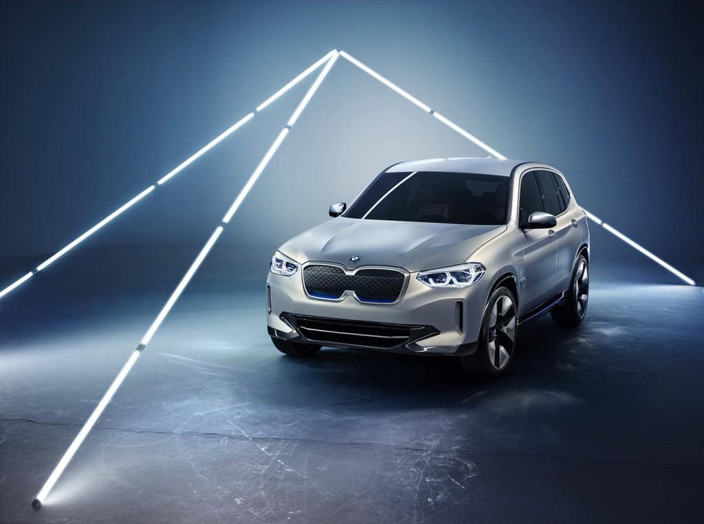 El SUV iX3 totalmente eléctrico de BMW comenzará su producción el próximo año