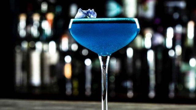 Botran y el ron azul que todo millennial debe probar